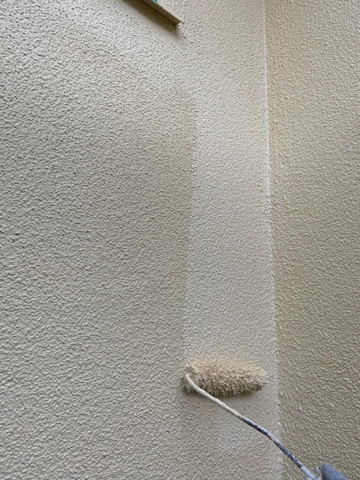 壁面下塗り工事