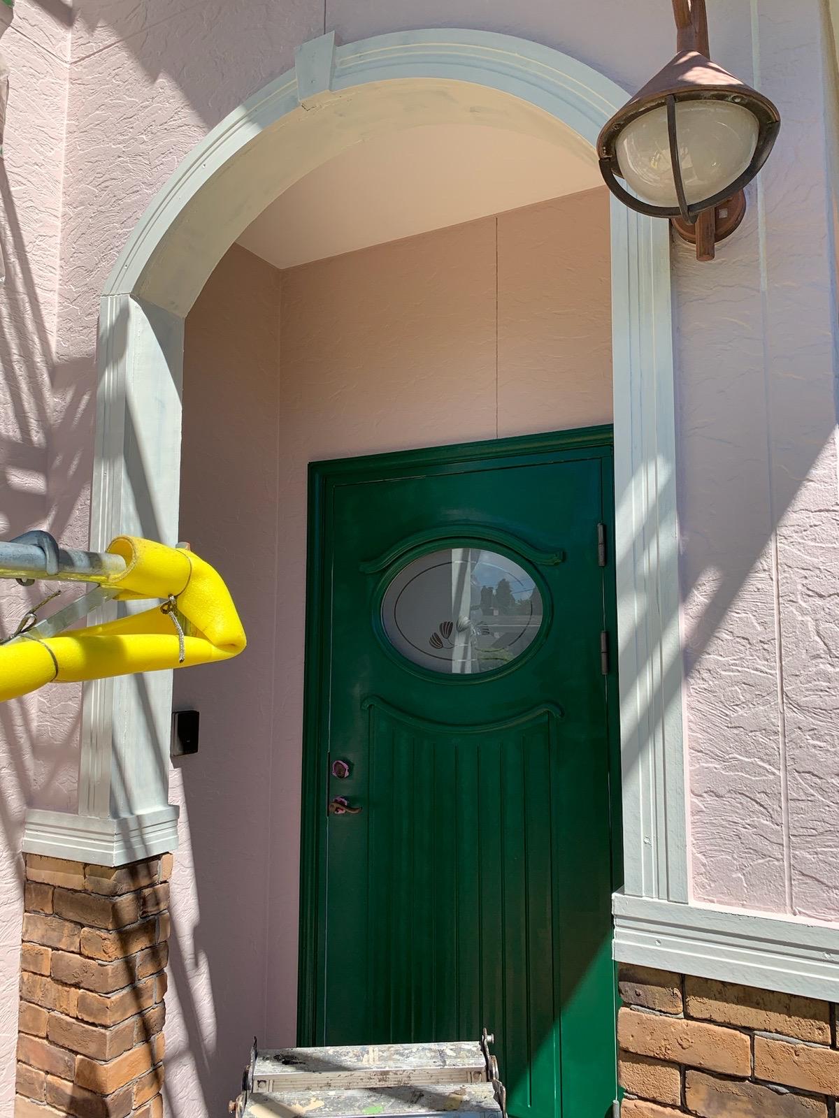 玄関ドア塗装工事